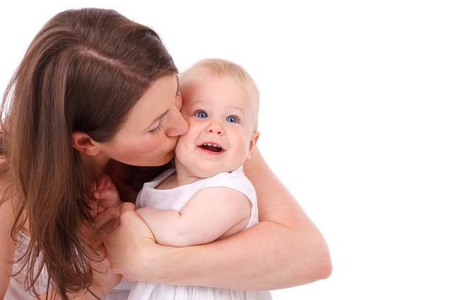 Ząbkowanie – kiedy? Objawy ząbkowania u niemowląt.